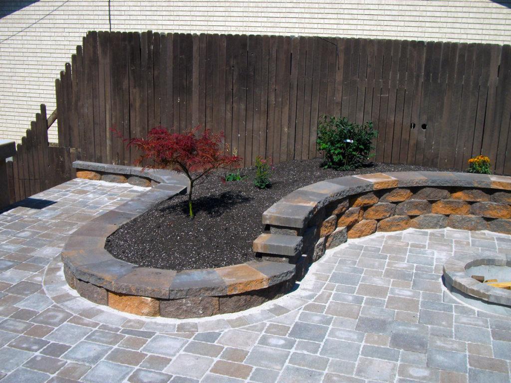 Small Retaining wall around planters